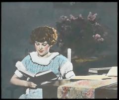 Woman_reading,_1930s